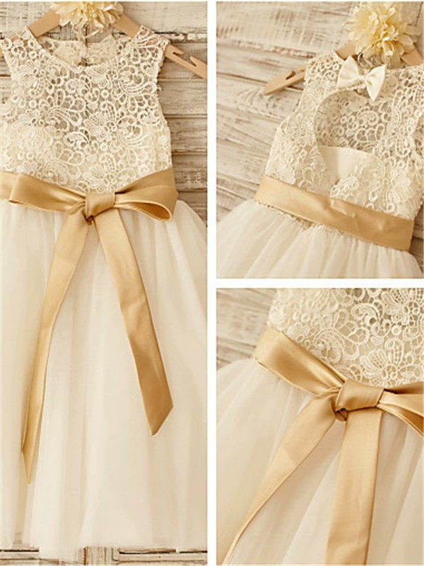 A-line/Princess Scoop Bowknot Knee-Length Tulle Flower Girl Dress