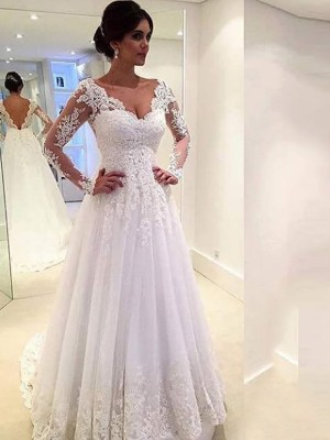 Ball Gown V-neck Long Sleeves Lace Sweep/Brush Train Tulle Wedding Dress