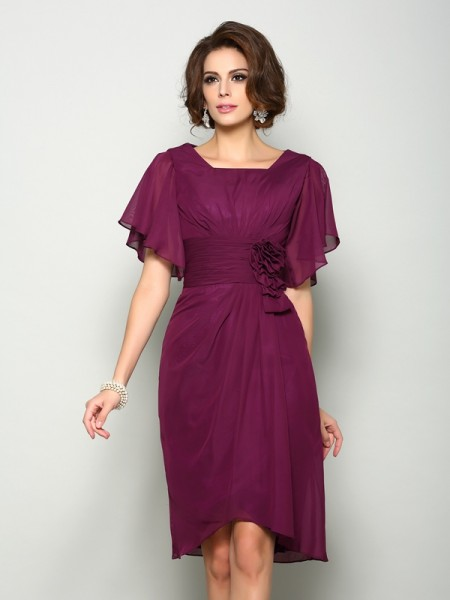 A-Line/Princess Square Short Sleeves Short Chiffon Mother of the Bride Dress
