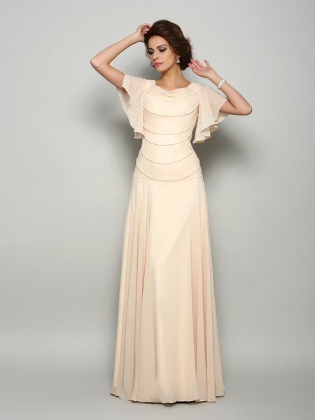 A-Line/Princess Square Beading Short Sleeves Mother of the Bride Dress with Long Chiffon