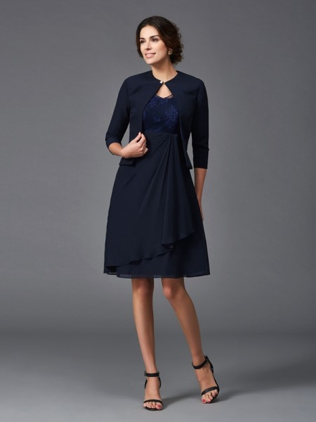 A-Line/Princess V-neck Lace 1/2 Sleeves Short Chiffon Mother of the Bride Dress