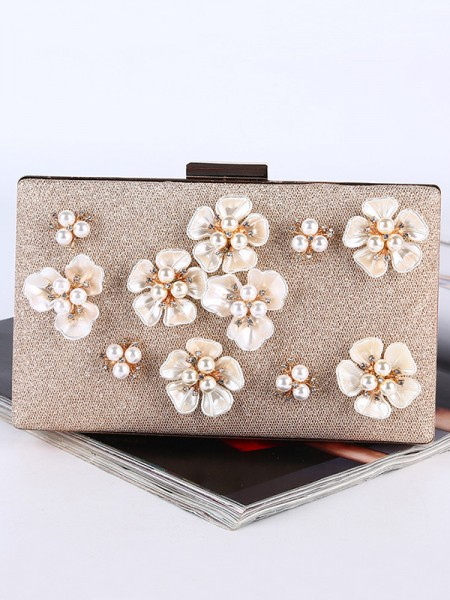 Graceful Pearl Handbags With Flowers