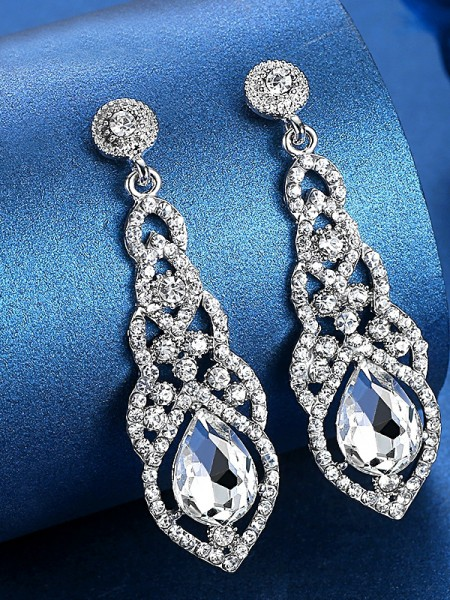 Luxurious Crystal Earrings
