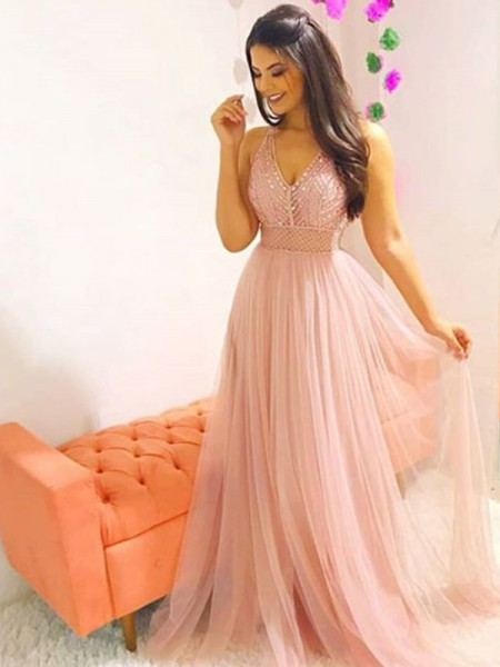 A-Line/Princess Sleeveless V-neck Long Crystal Tulle Dress