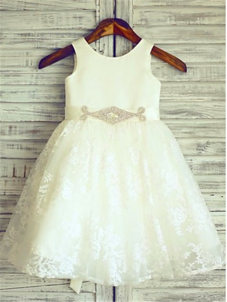 A-line/Princess Scoop Sash/Ribbon/Belt Knee-Length Flower Girl Dress with Lace