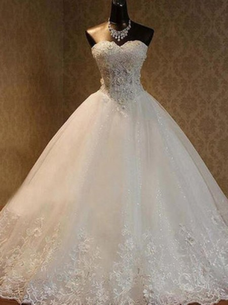 Ball Gown Tulle Beading Sweetheart Sleeveless Floor-Length Wedding Dress