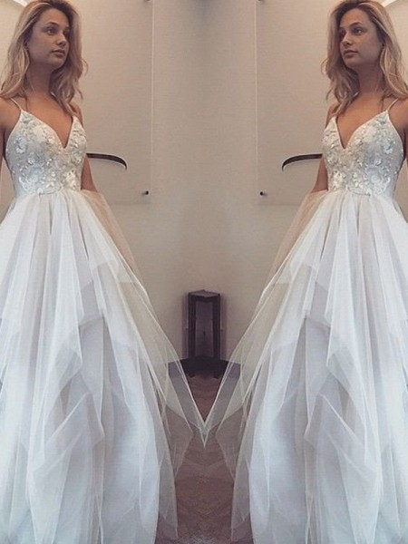 A-Line/Princess Spaghetti Straps Floor-Length Tulle Dress